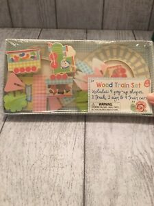 New Easter Wood Train Set 10 Pieces 3+ Years
