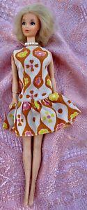 ancienne vintage Poupée mannequin  barbie doll envoi international