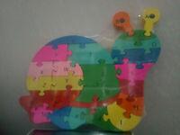 Puzzle de madera letra colores numeros con forma de caracol niños 26x20 cm