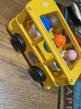 New ListingFisher-price Bus with 5 Little People!