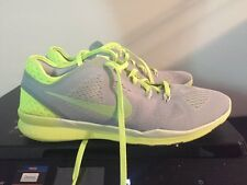 Nike Free 5.0 Tr Fit 5, Women's Shoe Size 5, Green / Grey Color