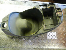 R33 PIAGGIO LIBERTY  50 2003 SEAT TUB HELMET STORAGE BATTERY BOX *FREE UK POST*