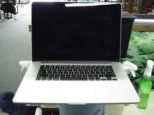 Apple Mac Book Pro A1398 250GB SSD 16 GB Ram 2.20 GHZ i7 Intel Iris Pro Mid 2014