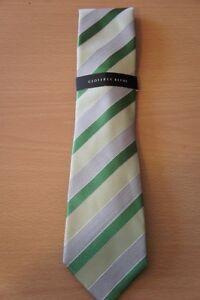 Geoffrey Beene Men's Tie Green Stripe of The Moment Silk Blend Classic Necktie