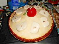 "Vintage 11"" D Apple pie keeper plate deep dish with lid & handle"