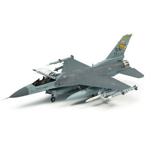 Tamiya 60788 Lockheed Martin® F-16®CJ [BLOCK50] Fighting Falcon® w/Full Equip