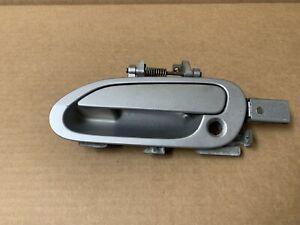 00-09 HONDA S2000 DRIVER LEFT - EXTERIOR DOOR HANDLE - SILVER - W/ BRACKET