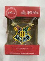 Hallmark ornaments 2020 Harry Potter Wizarding World Hogwarts Crest (READ)