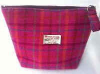 ladys Harris tweed pink tartan toiletry bag sponge bag wash bag
