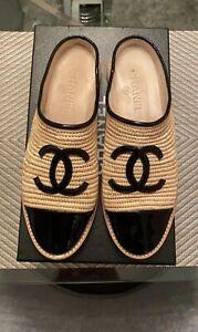 Chanel 19C Beige Black Raffia CC Logo Espadrille 37