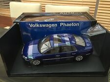 Autoart 1:18 VOLKSWAGON PHAETON IN STUNNING BLUE PEARL VERY RARE!!!!