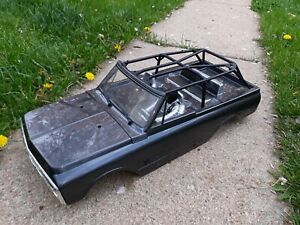 AXIAL 1/10 '69 Chevy Blazer body with Cage