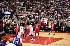 Kawhi Leonard Toronto Raptors Game 7 Buzzer Beater UNSIGNED 8X10 Photo B