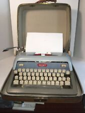 Vintage Royal Futura 800 Blue Gray Typewriter Two Toned w/ Case