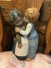 Lladro 2086 Little Kiss Retired! Mint Condition! Gres Finish! Great Gift! L@@K!