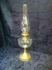Art. 147 - IGAS  Favoloso lume a olio petrolio in ottone e cristallo.