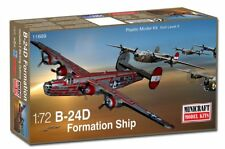 "Minicraft 11689  WWII B-24D ""Formation Ship"" bomber aircraft model kit 1/72"