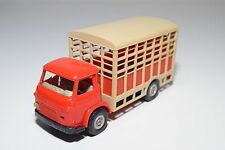 NOREV PLASTIC 100 SAVIEM SM5C BETAILLERE HORSE ANIMAL TRUCK NEAR MINT CONDITION