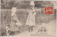 CARTE POSTALE ANCIENNE LIMOUSIN- LA PETITE LAITIERE- TROIS ENFANTS- 1912
