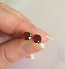 Clean high quality natural Red Garnet 6mm 14K yellow gold claw stud earrings 💋