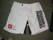 TRIUMPH UNITED MMA Shorts 36 W XL. UFC Prises Muay Thai Kick Boxing K1 KSW Gym Neuf
