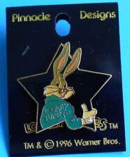 WARNER BROS BUGS BUNNY PIN 1996 LOONEY TUNES COOL STAR BUGS THUMBS UP PIN