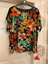 Ladies New South Black Multi Top Size 24