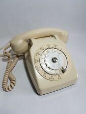 Telephone vintage Socotel S63 crème - Antic vintage phone