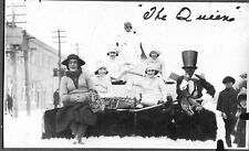 VINTAGE PHOTOGRAPH PARADE QUEEN COSTUMES KING EDWARD HOTEL TIMMINS CANADA PHOTO