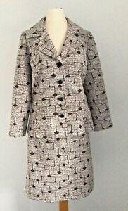 Vintage 70's ''English Lady'' Brown/White Crimplene Jacket & Skirt Suit UK 12
