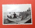 Photographie Vintage snapshot 1938 femme barque chien Chaugey Bourgogne