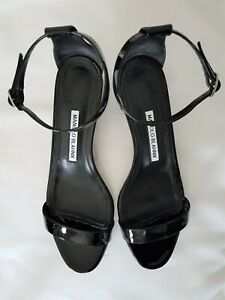 Manolo Blahnik size 38 Block heel black patent leather sandal heels ankle strap