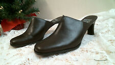 MOOTSIES TOOTSIES heels SIZE 8 M MULES DARK BROWN leather