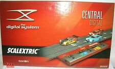SCALEXTRIC 2500 CENTRAL DIGITAL SYSTEM   MB