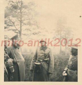 Foto, Funkstaffel der Inf., Tr.Üb.Pl. Großborn, Funker meldet, 1939, 5026-586