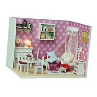 MagiDeal 1/24 Dollhouse Miniature Diorama DIY Kit Queen Room with Furniture