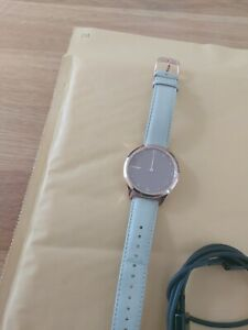 Garmin Vivomove Luxe 18K Rose Gold PVD Case with Rose Gold/Beige Leather Strap