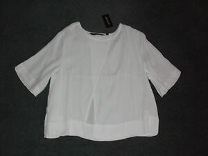 GLASSONS: Size: 10. Modern Slash-Back WHITE, Light-Weight Drape, Half-Sleeve Top