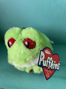 Freddy the Frog RETIRED Puffkins Bean Bag Plush 1999 Green Keychain