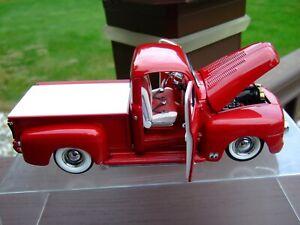 Danbury Mint 1/24th Scale 1951 Ford Custom Pickup--VERY VERY NICE--