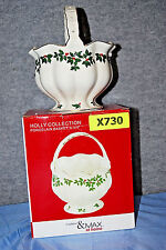 Madison & Max Holly Collection Porcelain Basket with Gold Trim (X730)