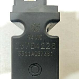Sauer Danfoss 157B4228 PVEO32 Electrical Actuation 24V DC *NEW* *FREE SHIPPING*