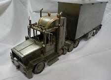 MJM KUNSTDESIGN  Camion américain semi-remorque fourgon  en acier 94cm long RARE