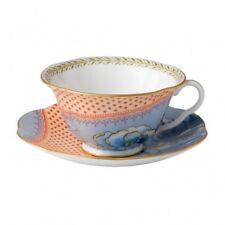Сервиз из чайных чашек и блюдец