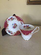 Paragon Fine Bone China ROCKINGHAM Bird Red  Teacup Cup & Saucer Set