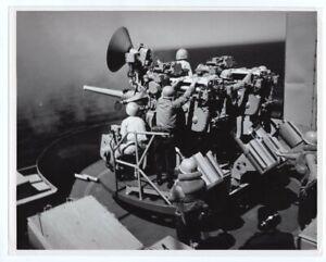 1971 LPD-12 USS Shreveport MK-33 3 Inch Gun Practice 8x10 Original News Photo