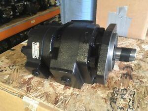 Twin JCB Hydraulic pump for JCB 3CX Black Cab 919/27100 , 919/72400