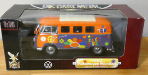 Yat Ming 1962 Volkswagen VW Microbus Bus Flower Power Peace 1:18 Scale NIP