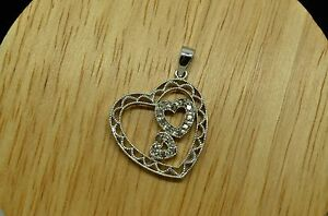 SILVER PLATED 0.15 TCW DIAMOND PAVE TRIPLE HEART BEAUTIFUL PENDANT CHARM #X17667
