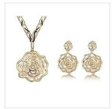 18 K Gold Plated Set Rose Made With Swarovski Crystal Necklace & Earrings